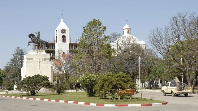 ideas para el parque balneario y renovación de la plaza san martínde río tercero   CAd2